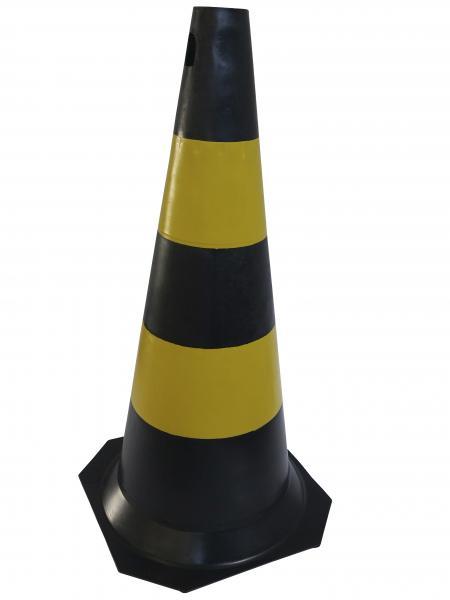 33f22b3c6859d Cone de sinalização de 75cm - laranja ou preto - PROMAX EPI ...